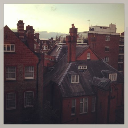 DoubleTree by Hilton - London Hyde Park : View from Room 558