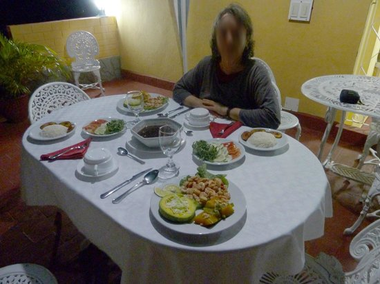 Hostal Casa La Torres Padron : Cena en la terraza de La Torre Padrón