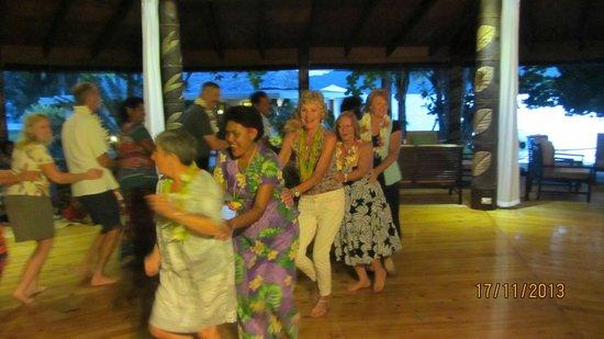 Matangi Private Island Resort : Entertainment