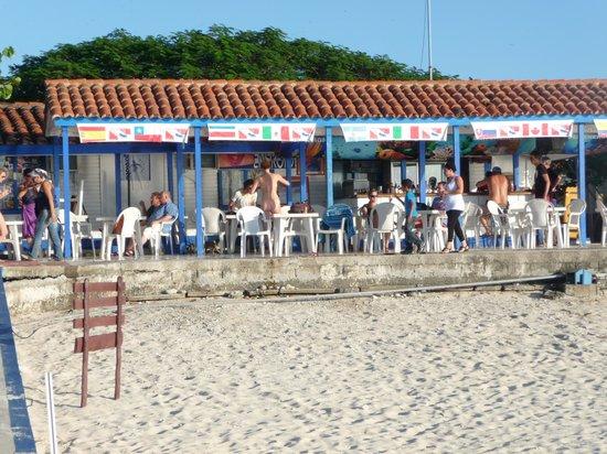 Hotel Maria La Gorda: le bar de la plage à maria la gorda