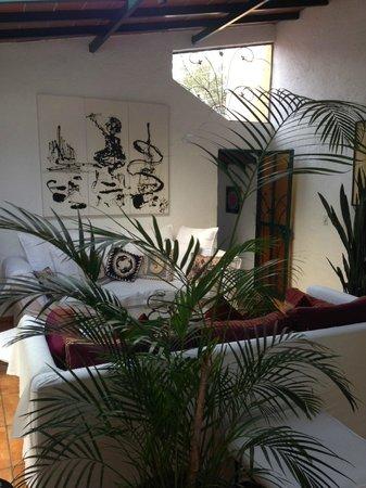 Casa de la Vida: Living Room