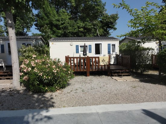Camping Douce France : mobil home sunroller