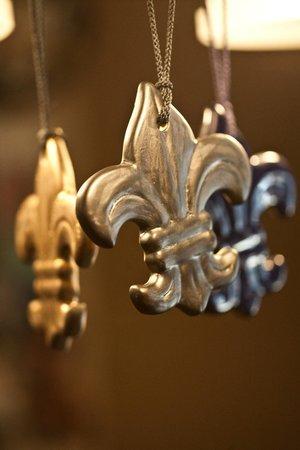 Louisville Stoneware : Ornaments