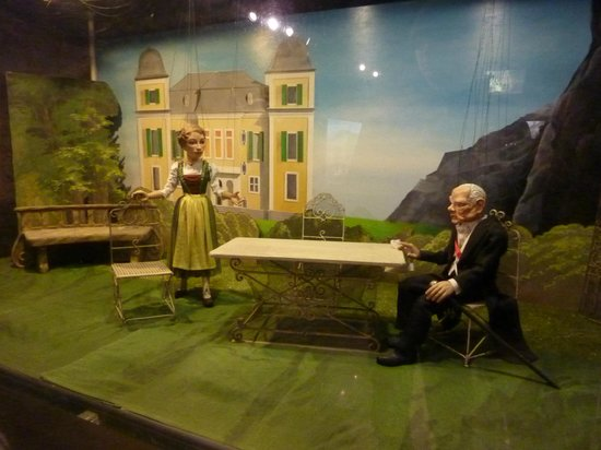 Salzburger Marionetten Theater: Marionette Museum - The sound of music