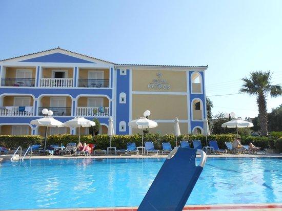 Petros Hotel: hotel