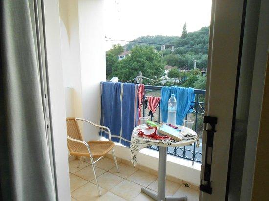 Petros Hotel: balcony