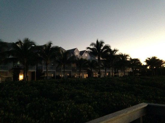 Parrot Key Hotel and Resort: This picture was taken off of their pier facing the resort!