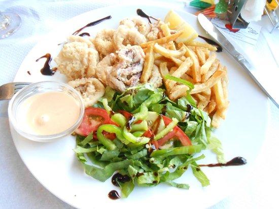 Petros Hotel: sweet revenge calamari