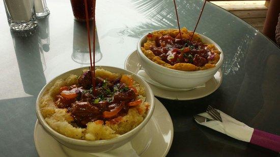 Ocean Front Restaurant: Mofongo de yuca & mofongo de platano