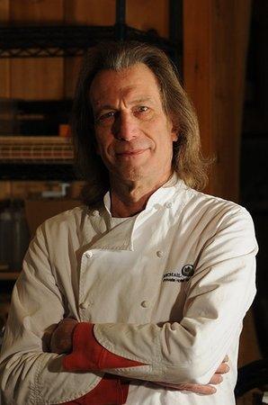"""Private Hotel + Pure Food Villa: """"Chef""""..."""