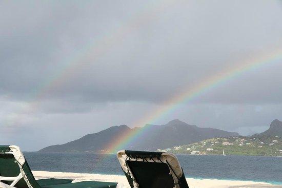 Palm Island Resort & Spa : Looking towards Union Island- double rainbow