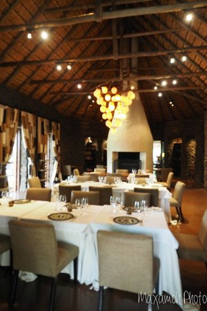 Singita Boulders Lodge: Main Dining Room