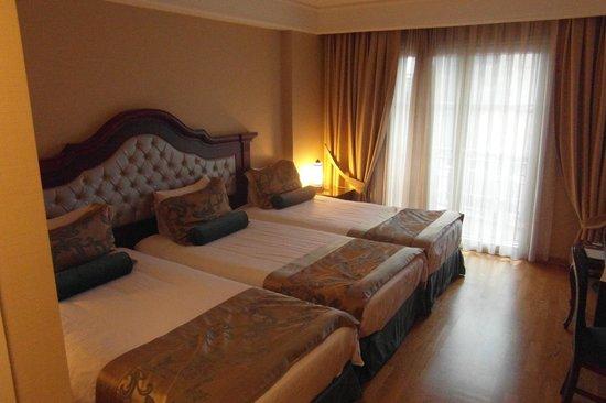 Recital Hotel: chambre