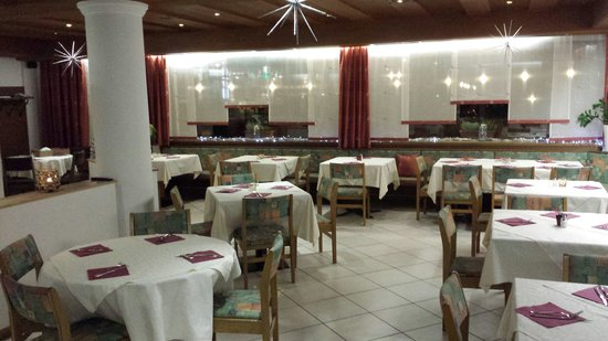 Pizzeria - Restaurant - Pension Lowen