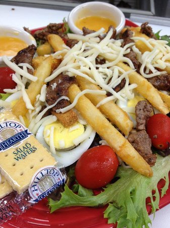 Main Street Cafe & Grill: Steak Salad