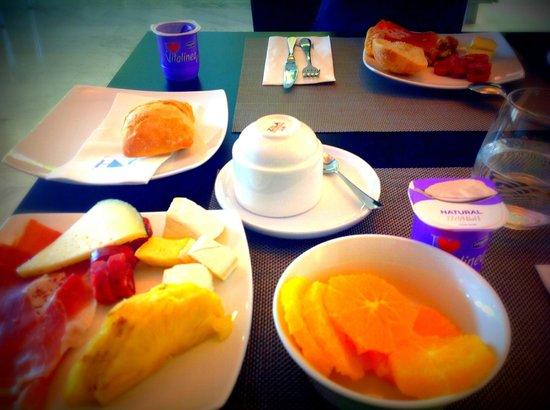 Eurostars Angli : завтрак