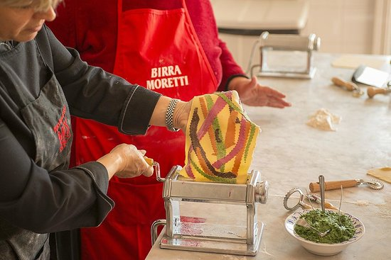 Toscana Saporita Cooking School : Making Multi Colored Pasta