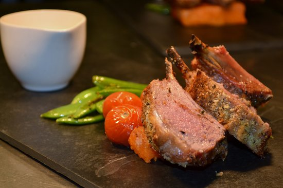Hartington, UK: Rack of Derbyshire Lamb