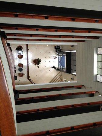 Four Points By Sheraton Medellin: Vista desde el 8vo Piso al Lobby