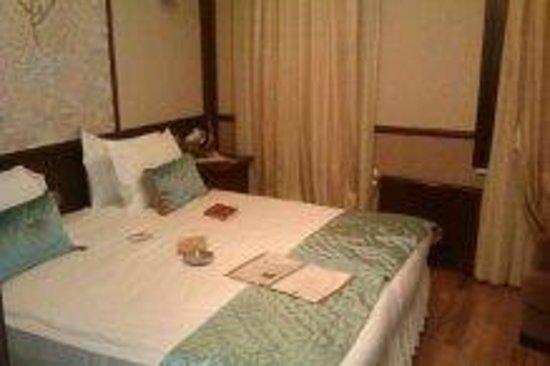 Best Point Hotel: Large hammam bedroom