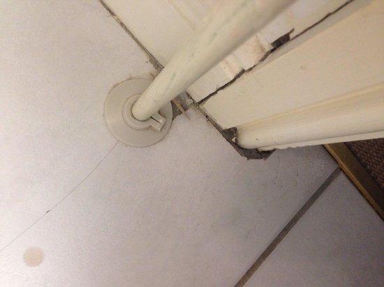 Bannatyne Hotel Darlington: Dirty floor