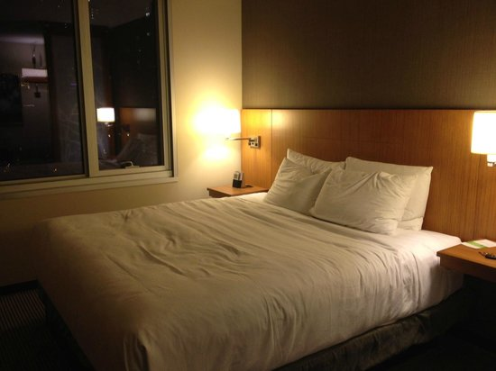 Hyatt Place Chicago / River North: King Bed
