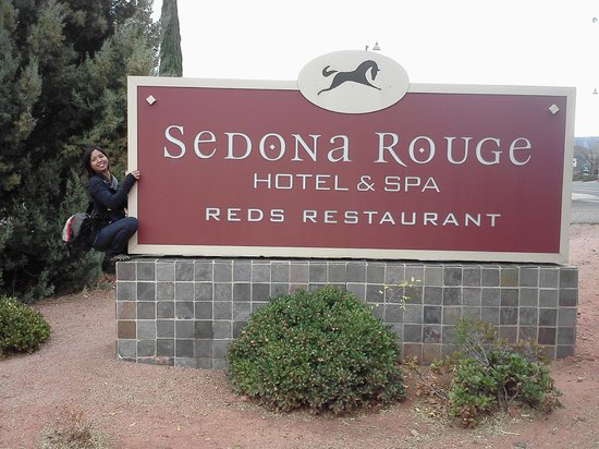 Sedona Rouge Hotel and Spa: she really loved this place