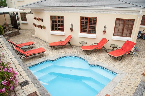 Blaauwheim Guest House: Solar heated splash pool