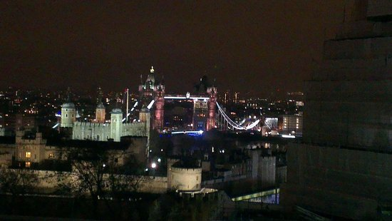 DoubleTree by Hilton Hotel London -Tower of London: Blick aus der Skylounge