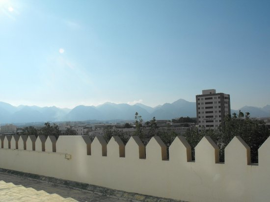 Hotel Al Madinah Holiday: View from rear bedrooms.