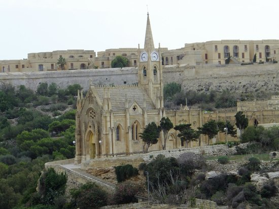 Grand Hotel Gozo: view of church from room
