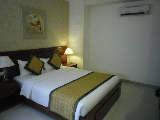 Le Duy Hotel : Bett