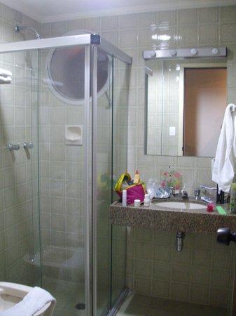 Augusta Park Residence: Baño