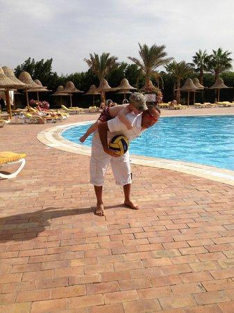 Park Inn by Radisson Sharm El Sheikh Resort: Gamil the towel guy