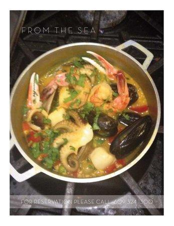 Beanwood Latin Bistro: Paella from the Sea