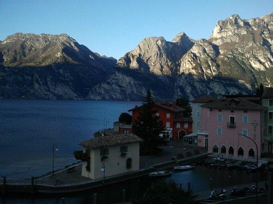 Hotel Lago di Garda : vista dalla camera 2
