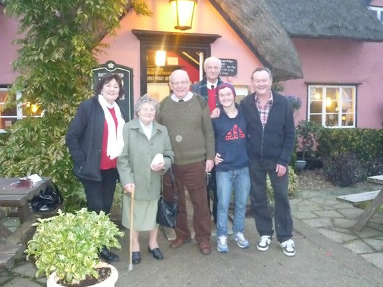 Four Horseshoes: George's Birthday with the family