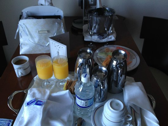 Iberostar Grand Hotel Rose Hall : Room Service Breakfast - Double Pots of Coffee