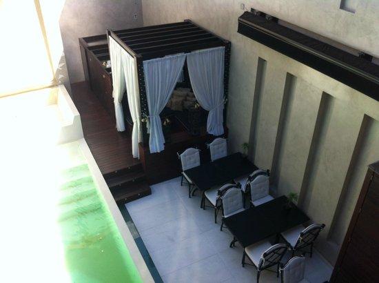 1828 Smart Hotel: visto do quarto 102