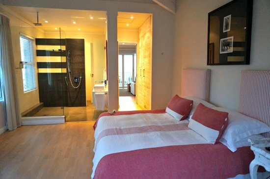 Sea Five Boutique Hotel : chambre