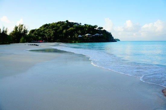 COCOS Hotel Antigua: idyllic beach