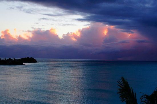 COCOS Hotel Antigua: Perfect Sunsets