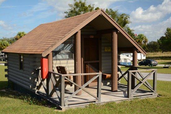 Orlando Southwest KOA: Camping Cabin