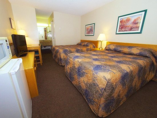 North Battleford, Canada: Room with two Queen Size Beds
