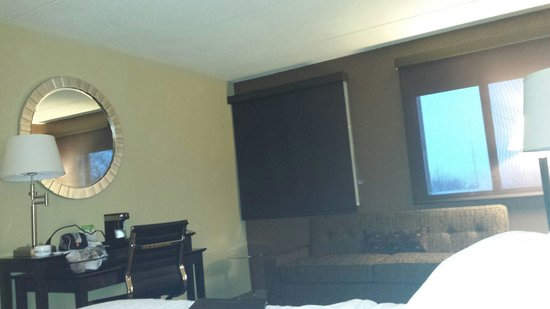 Holiday Inn Manitowoc: Refurbished room 353