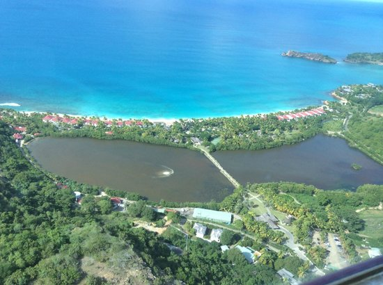 Galley Bay Resort: The resort as seen from a helicopter