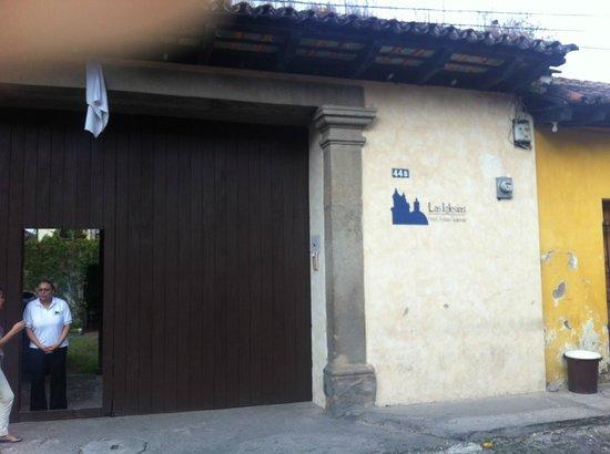 Las Iglesias Hotel Antigua: Entrada Hotel