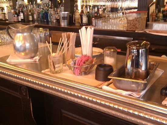 Can Can Brasserie : Never ending coffe refills