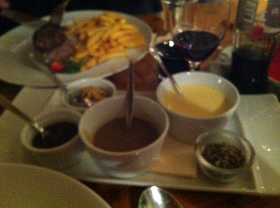 Cafe Restaurant Wanninger: sausjes bij de steak
