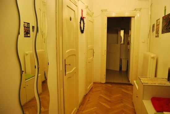 Gaia Hostel: corridoio